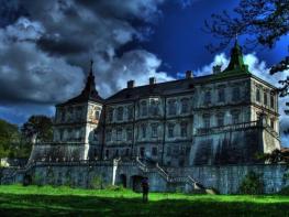7 приказни изоставени замъка