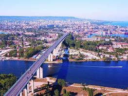 """Аутсорсинговата компания """"Съдърланд Глобъл Сървисиз"""" разраства представителството си във Варна"""