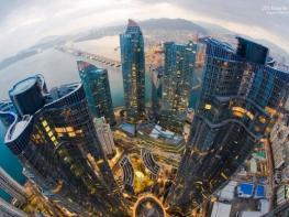 Колко струват имотите в целия свят