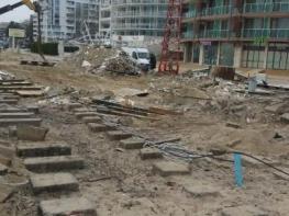 На Слънчев бряг премахнаха незаконни постройки