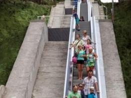 С ескалатори до плажа в Албена