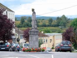Село в Ирландия търси нови жители