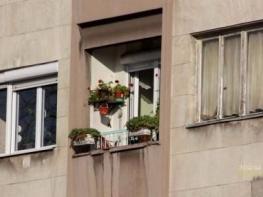 Сгради с много необитаеми жилища в София